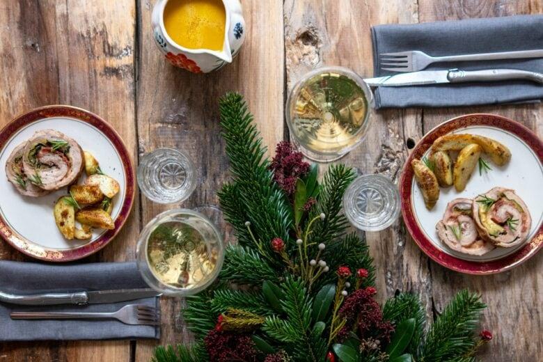 Brindisi e piatti della tradizione: ecco come tenere viva la magia del Natale