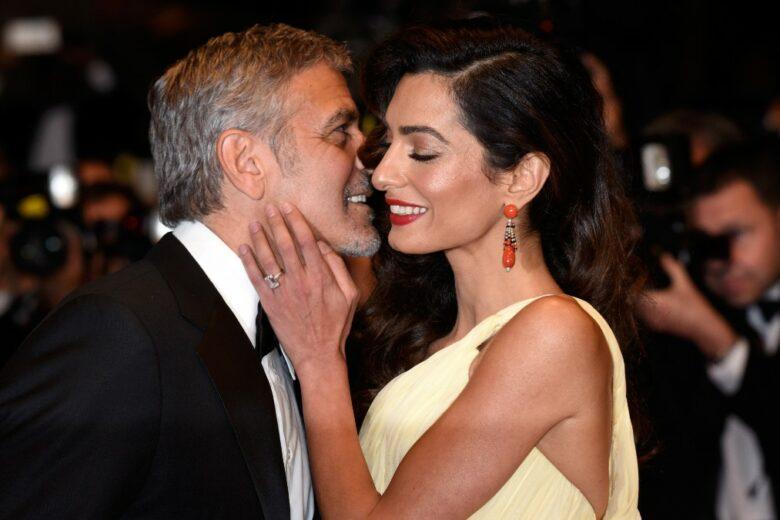 George Clooney confessa che il matrimonio con Amal «ha cambiato tutto» e definisce l'essere padre «un'esperienza incredibile»