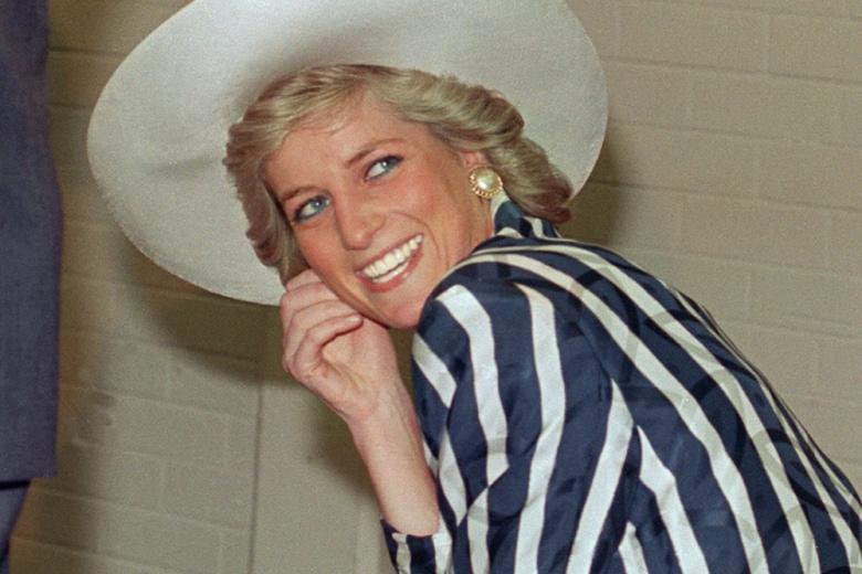 """Lady Diana: i migliori hair e beauty look (e come replicarli dopo aver visto """"The Crown"""")"""