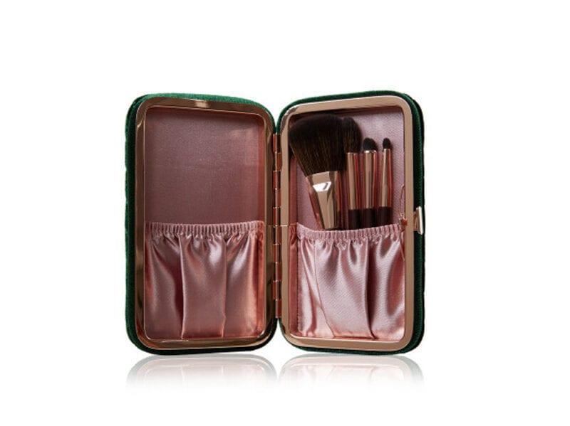 regali-di-natale-per-lei-accessori-beauty-01