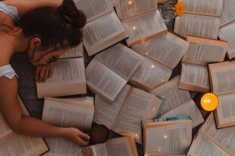 10 nuovi romanzi da leggere durante le vacanze