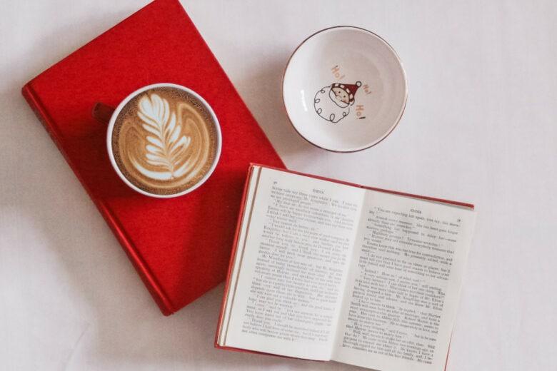 10 nuovi libri da leggere a Dicembre (o da regalare a Natale)