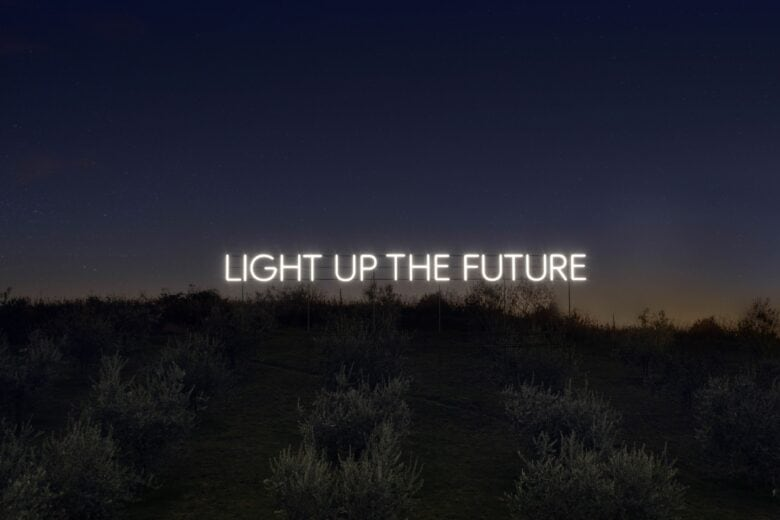 """""""Light Up The Future"""", il nuovo progetto di social sustainability di Fabiana Filippi"""