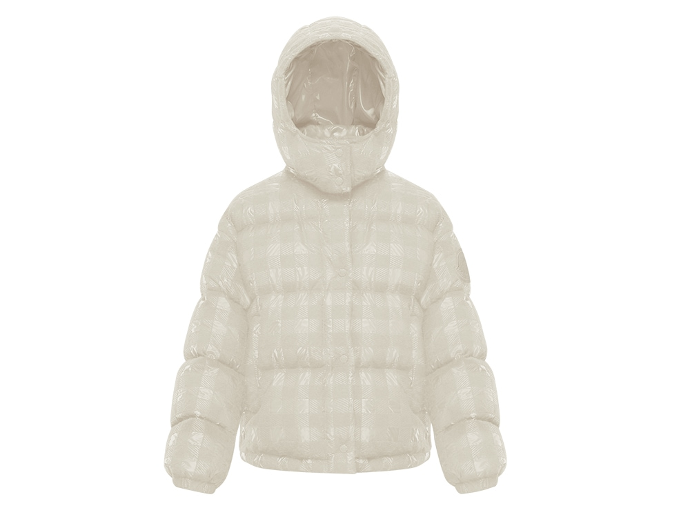 MONCLER-HOLIDAY-GIFT-GUIDE_DAOS-JACKET-(1)
