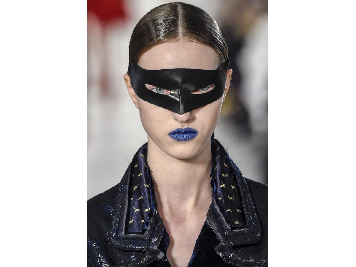 Segni-zodiacali-make-up-labbra-ACQUARIO