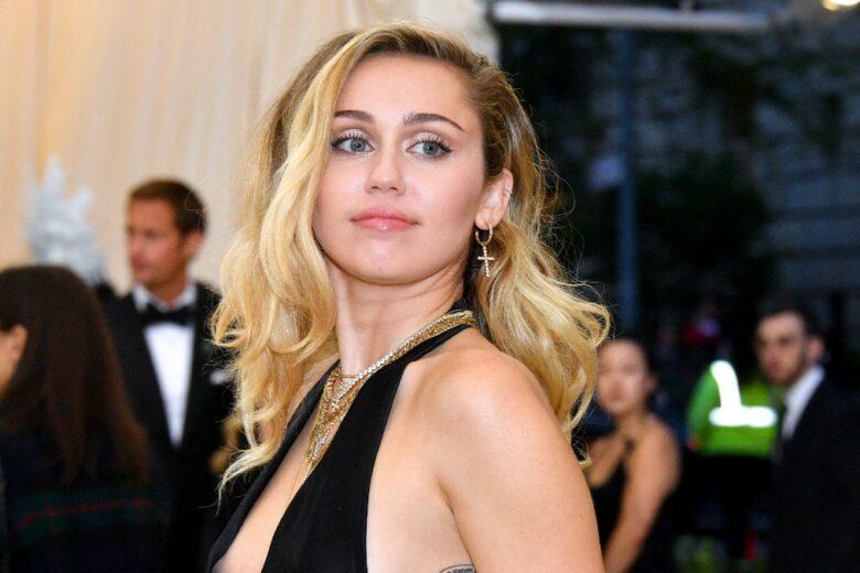 Miley Cyrus parla di Hannah Montana: «Non è stato facile tornare a essere me (e non lei)»