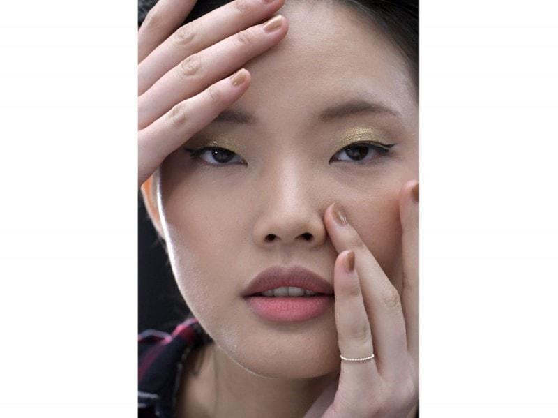 tendenza-unghie-nude-primavera-estate-2017-01-800×599