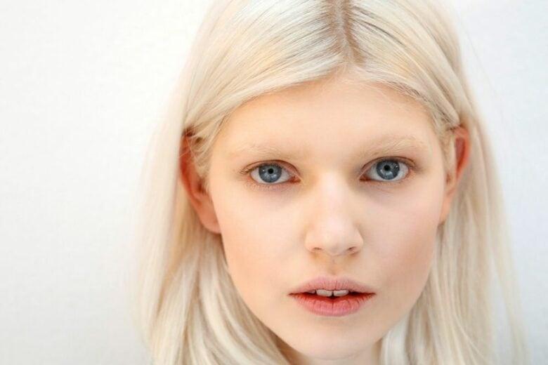 Volete un trucco naturale? Lasciatevi ispirare dalle tendenze make-up 2021