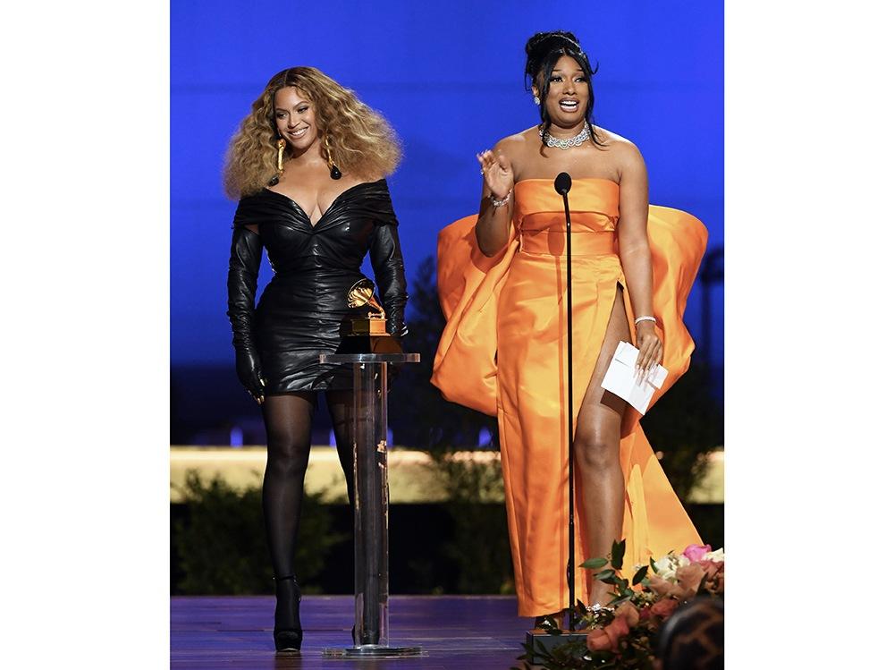 Beyoncé-and-Megan-Thee-Stallion