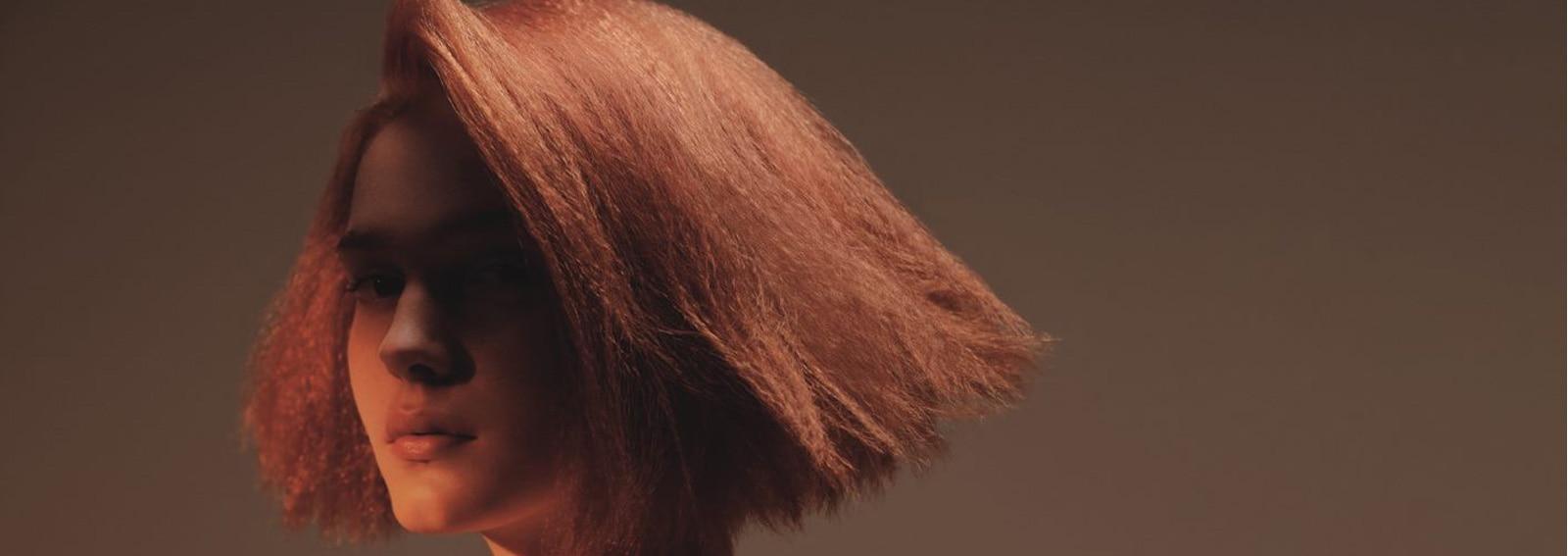 capelli-rossi-tendenza-primavera-estate-2021-gigi-hadid-cover-desktop