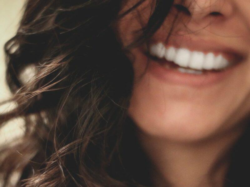 sorriso ridere felicità ottimismo