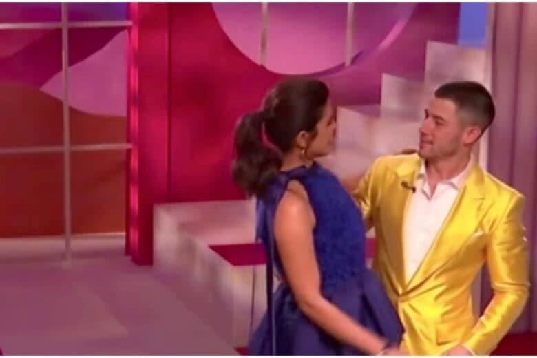 Coda capelli 2021: l'acconciatura da Oscar da copiare a Priyanka Chopra