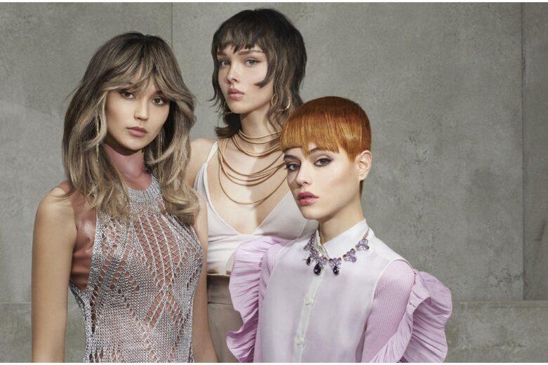 Tendenze colore capelli primavera estate 2021: biondi, caramello, rosso, castano e tinte pop