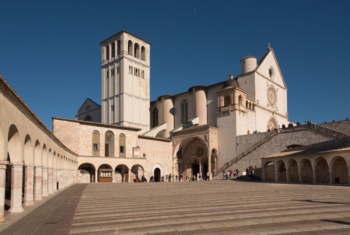 Via di Francesco – Assisi – basilica