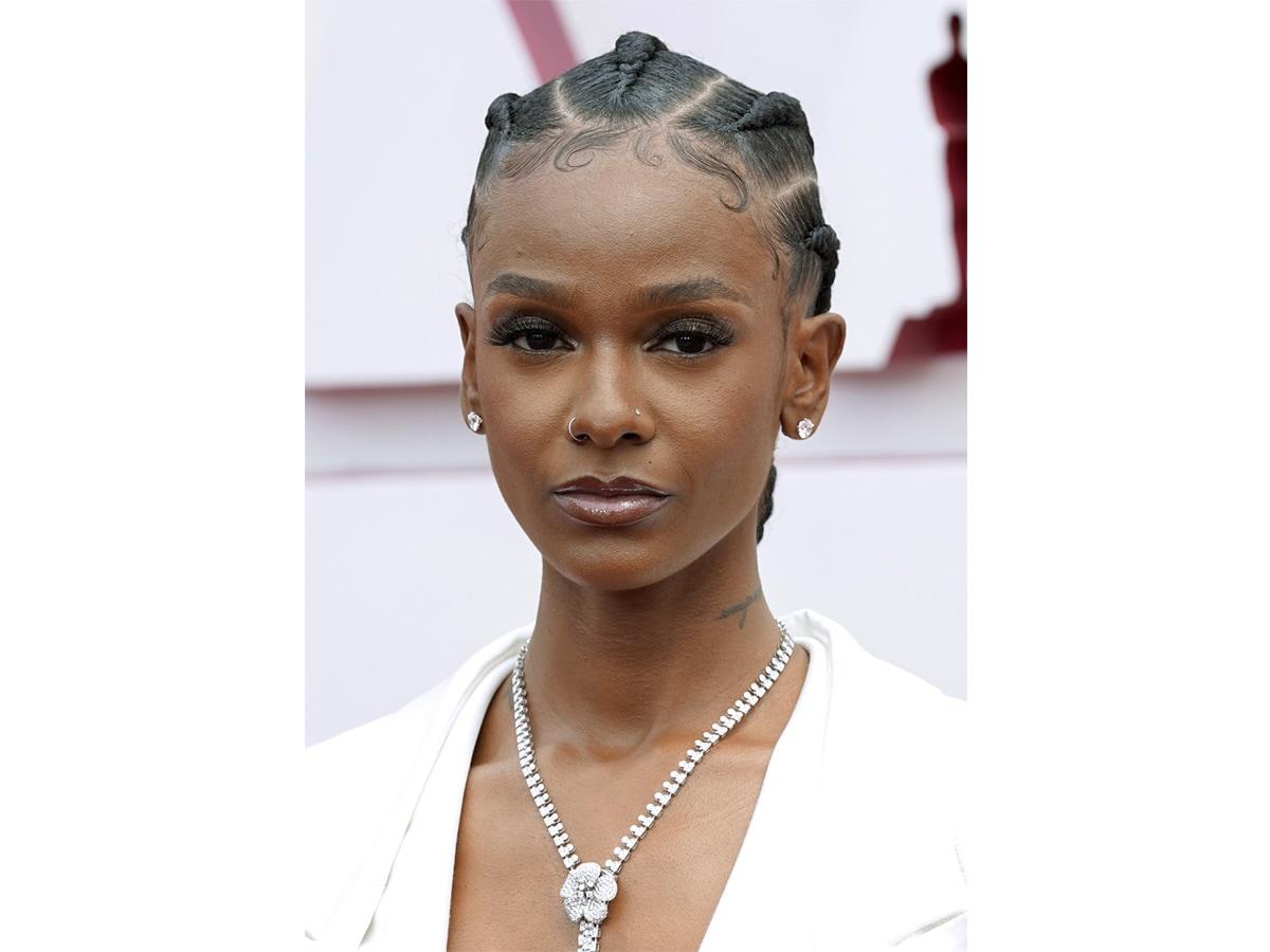 oscar-2021-beauty-look-capelli-trucco-star-01