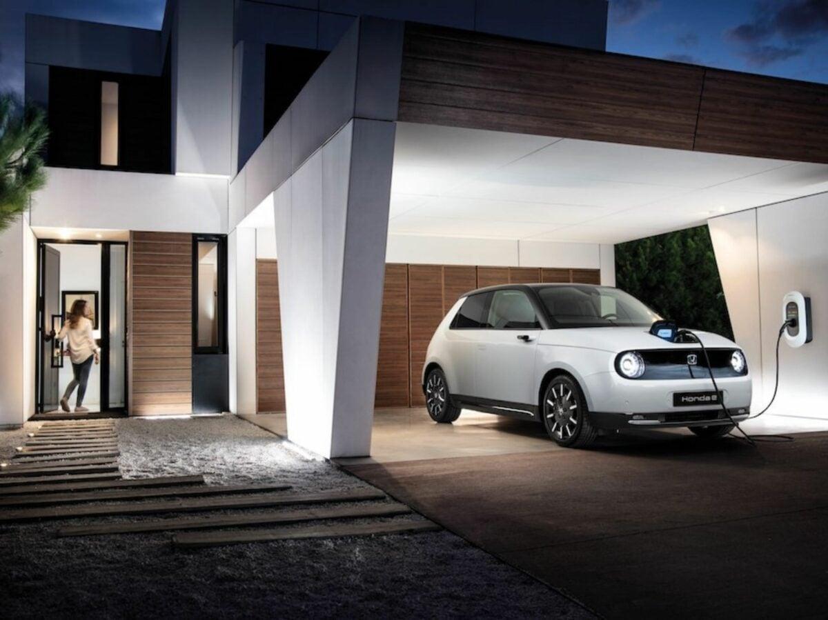 Nuova Honda e auto elettrica