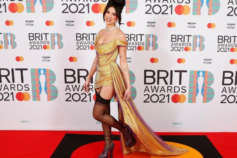 BRIT Awards 2021: chi ha trionfato sul red carpet?