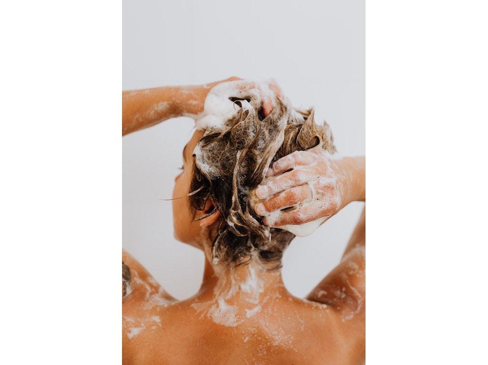 come-lavare-capelli-1