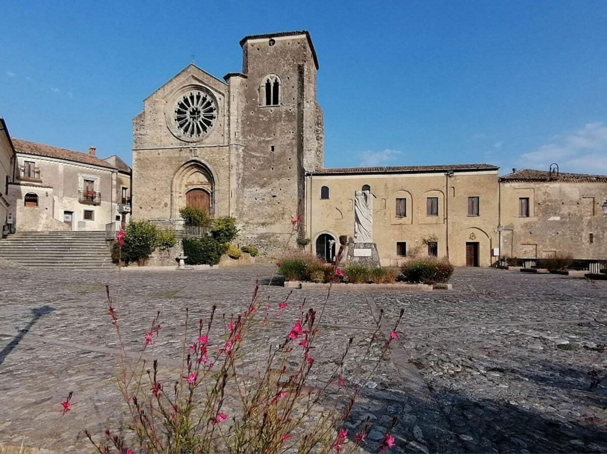 Altomonte Grazia ama italia (4)