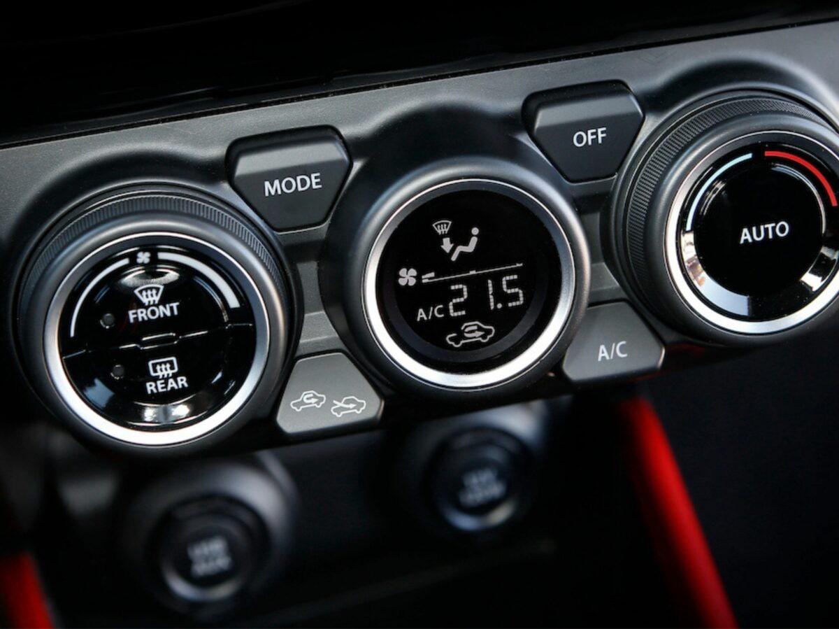 Suzuki SWIFT SPORT HYBRID (12)