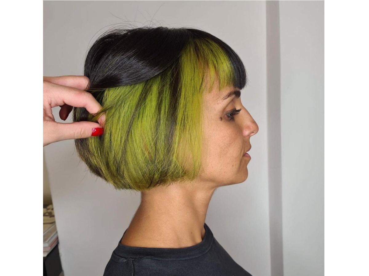 capelli-bicolore-skunk-hair-tendenza-capelli-2021-03