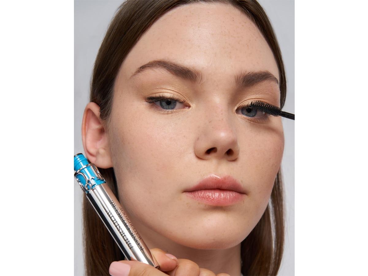 dior-make-up-2022-cruise-17
