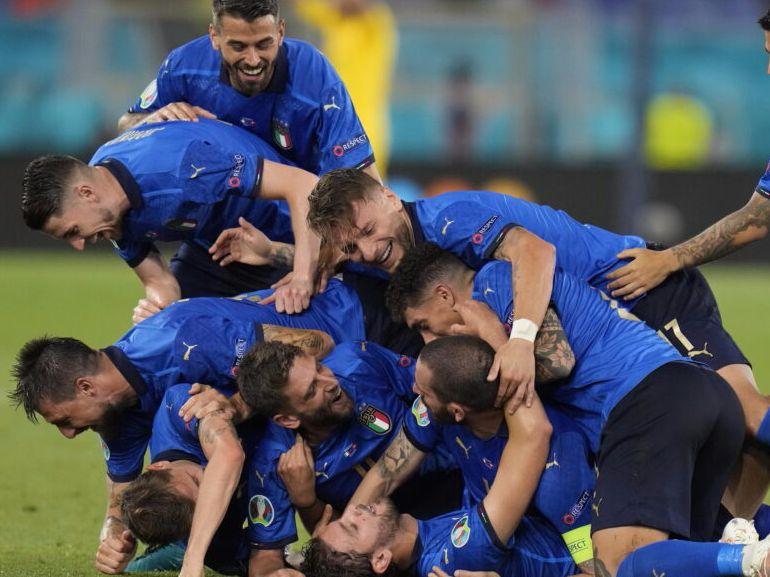 europei calcio maxischermi roma