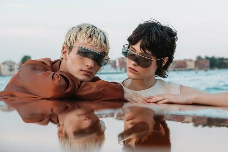 EVOLUTION, la collezione di occhiali futuristici di Pierre Cardin al centro di un video esclusivo girato a Venezia