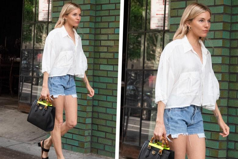 Sienna Miller con camicia bianca, shorts in denim e la nuova It Bag di Gucci: get the look