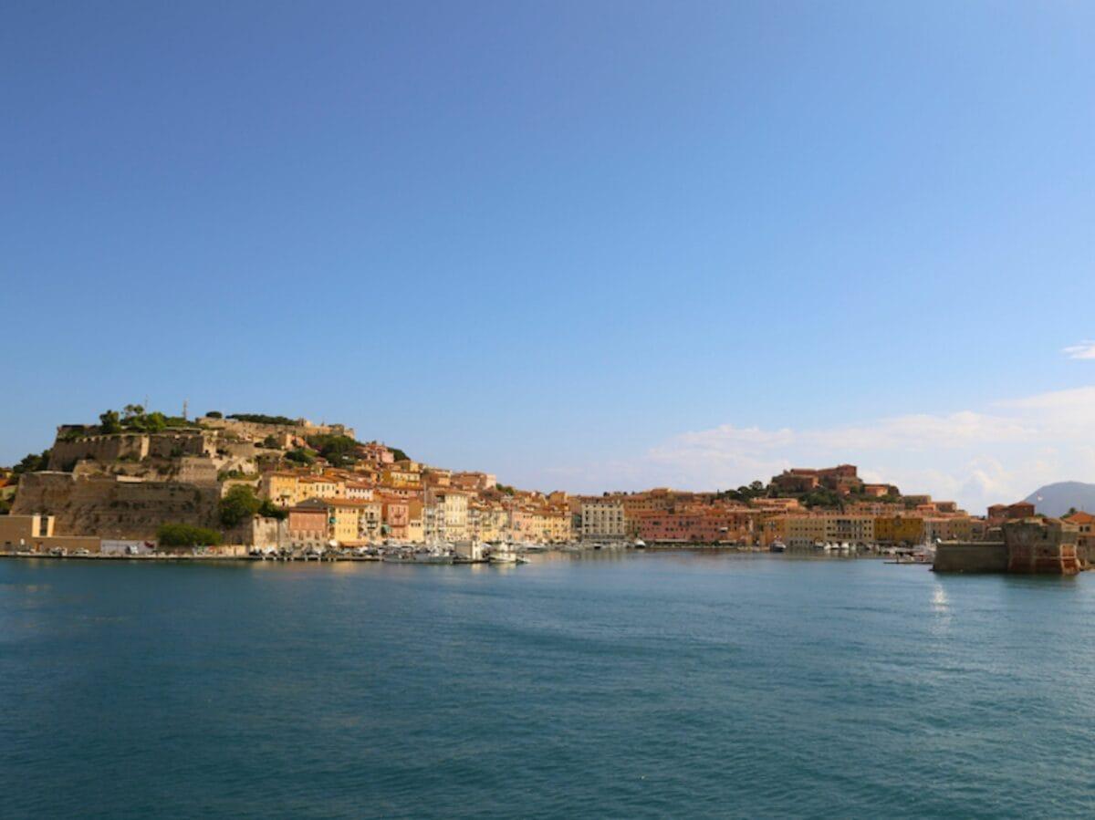 Isola Elba traghetti