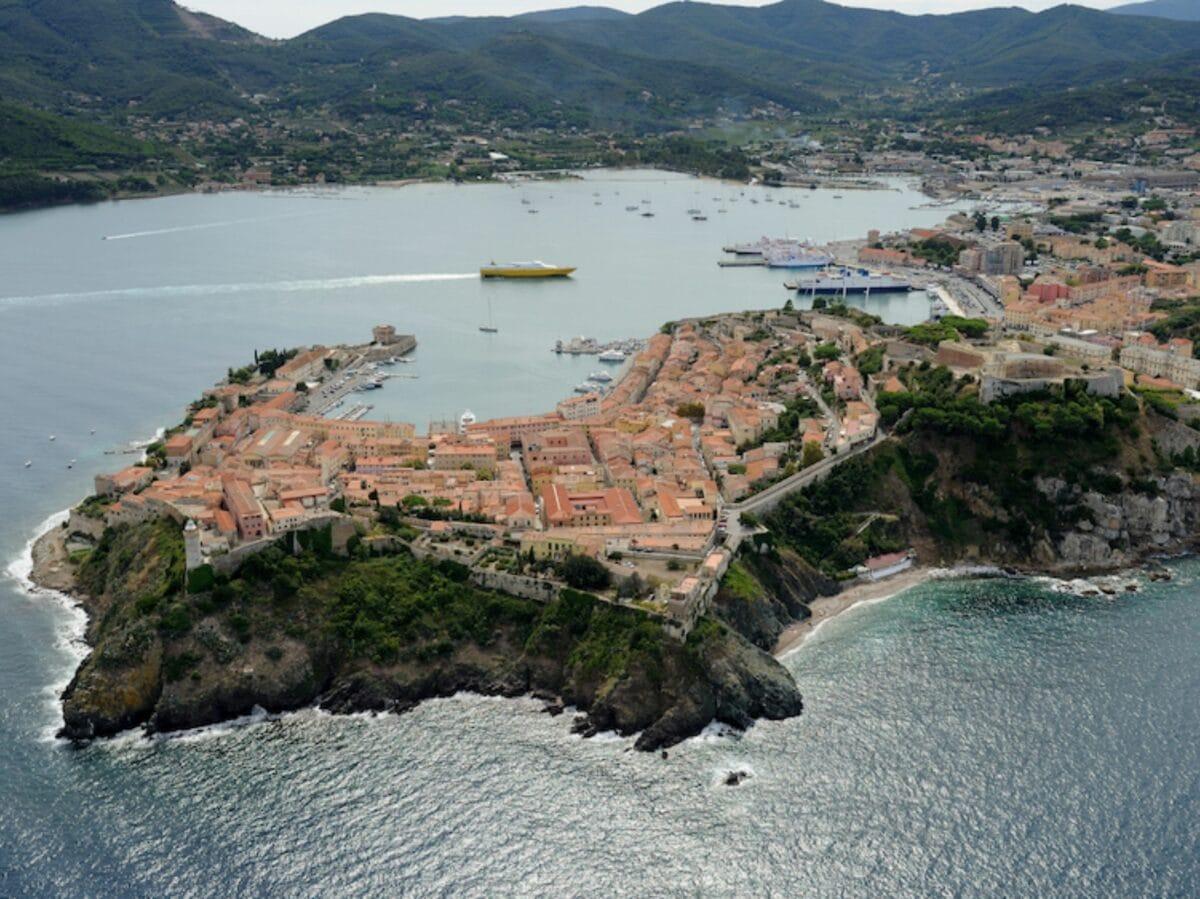 Isola Elba traghetti (3)