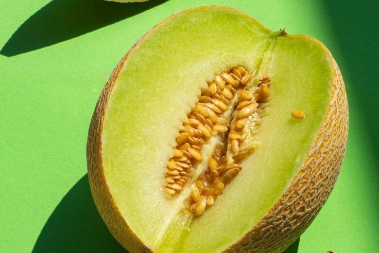 Vitamine indispensabili in estate: quali sono e in quali cibi si trovano