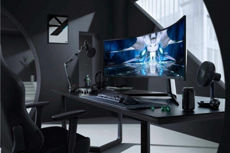 Il futuro del gaming è Odyssey Neo G9, il nuovo monitor curvo di Samsung