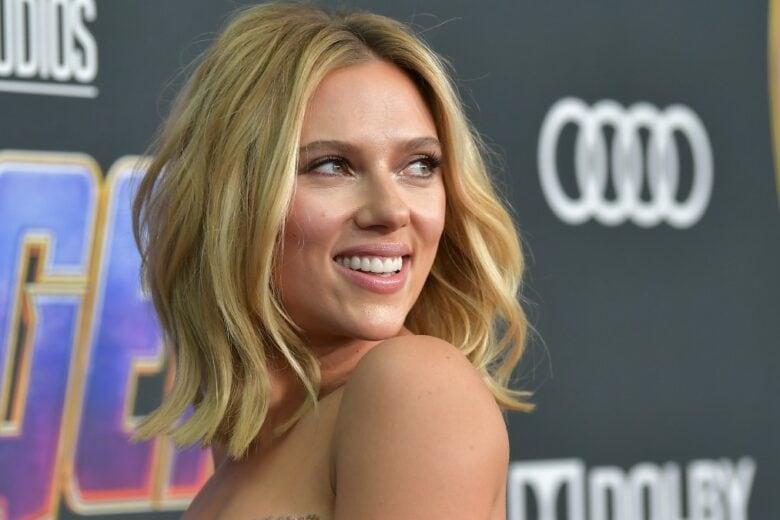 Scarlett Johansson fa causa alla Disney: ecco cos'è successo