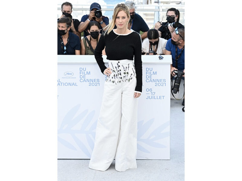 dylan-penn-cannes-daylook-chanel