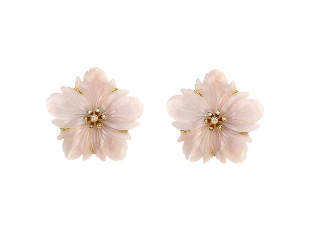 meru_orecchini-fiore-madreperla