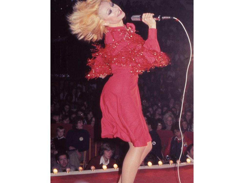raffaella-carra-1984