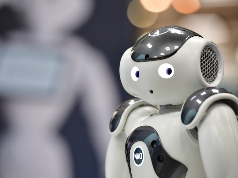 GettyImages-robot tech-2