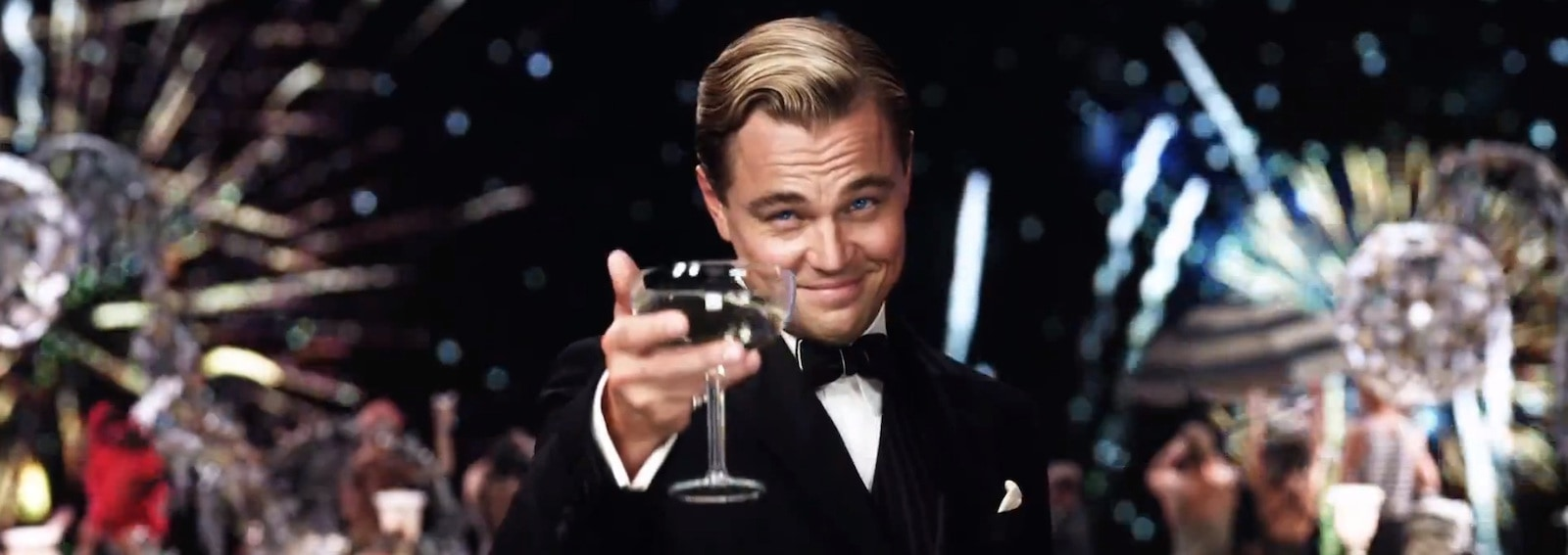 Leonardo Di Caprio smoking