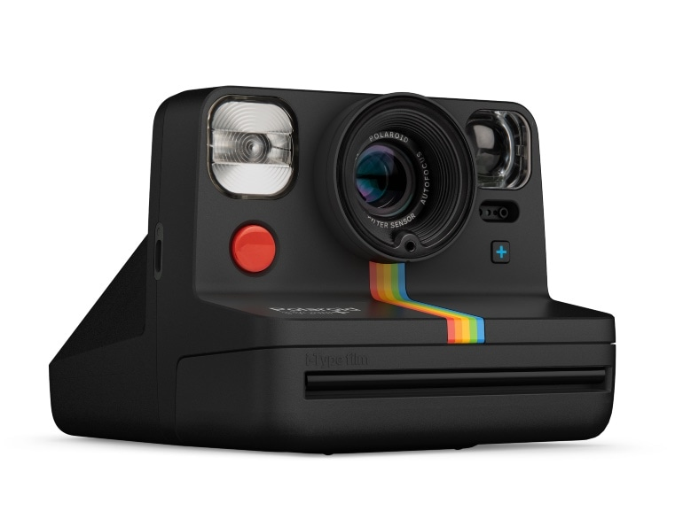 Polaroid_NowPlus_Black_Angle