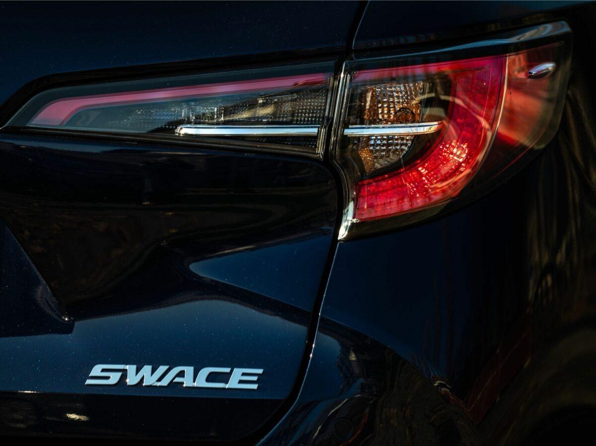 Suzuki Swace (4)