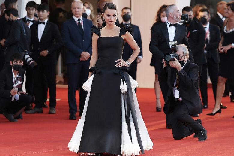 Penelope Cruz: «Oggi chi mi guarda vede una femminista»