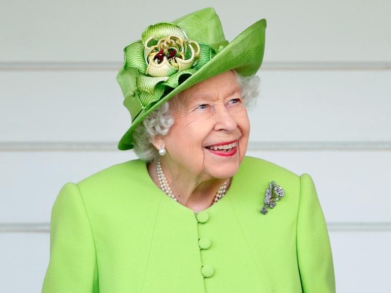 regina elisabetta (1)