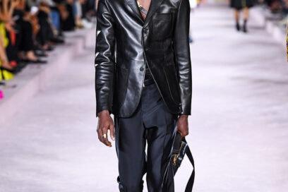 Versace_SS22_Fashion-Show-(13)