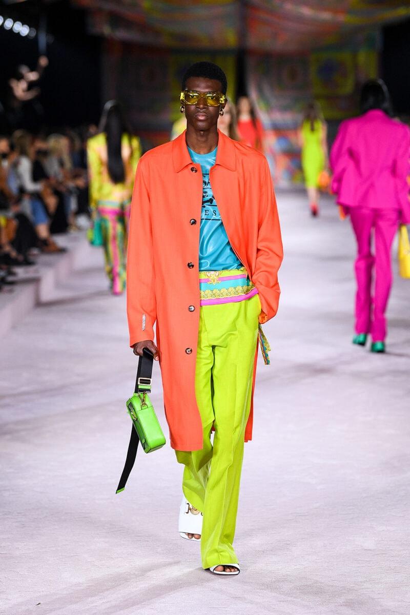 Versace_SS22_Fashion-Show-(50)