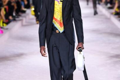 Versace_SS22_Fashion-Show-(7)