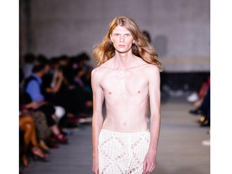 tagli-capelli-lunghi-tendenze-sfilate-primavera-estate-2022-06