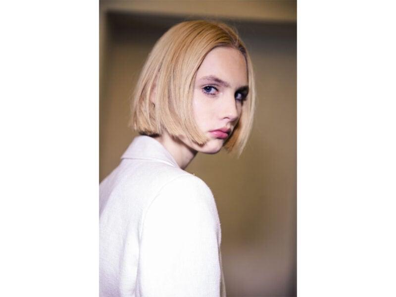 tagli-capelli-medi-tendenze-sfilate-primavera-estate-2022-06