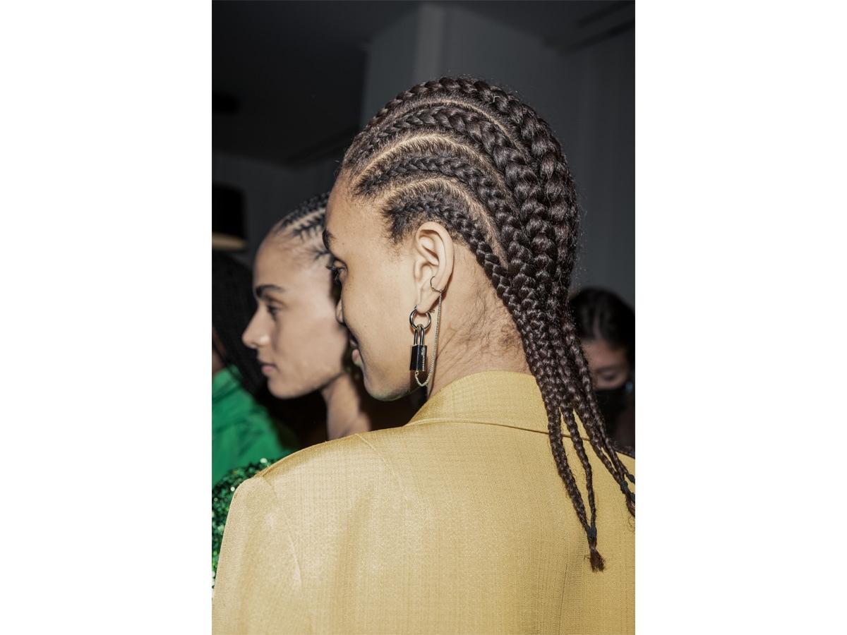 tendenze-capelli-acconciature-primavera-estate-2022-sfilate-01