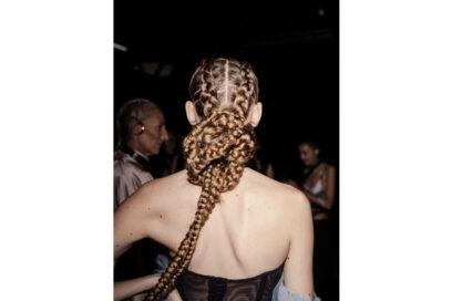 tendenze-capelli-acconciature-primavera-estate-2022-sfilate-08